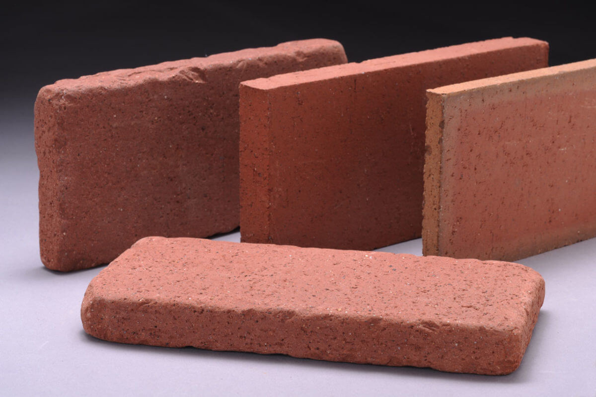 Tumbled brick vs clay thin brick